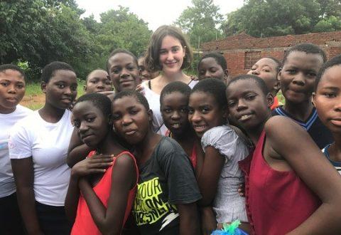 Hverdagen som efterskoleelev blev for en stund skiftet ud med livet i en afrikansk landsby, da Maria Rask Hjortkjær fra Lyngby var på udviklingsrejse i Malawi sammen med Odsherreds Efterskole.
