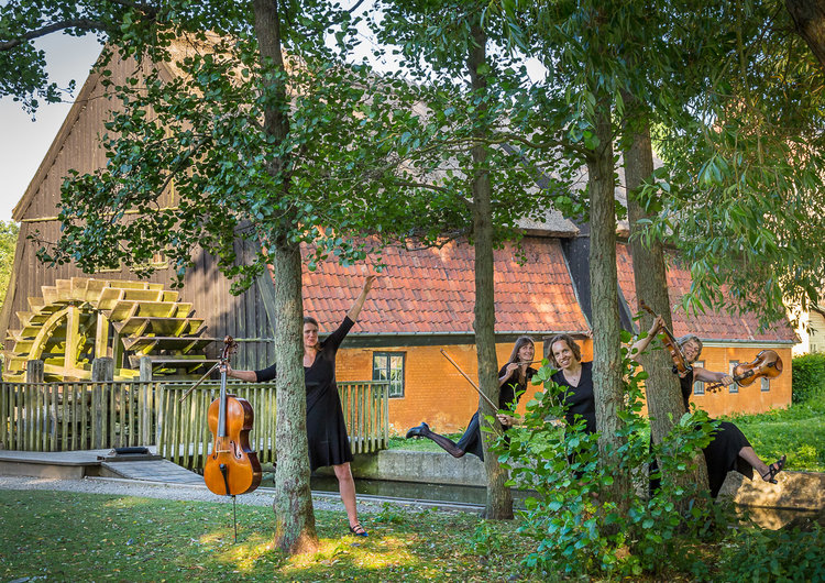 Fotoudstilling på Staldloftet - Symfonien i byen