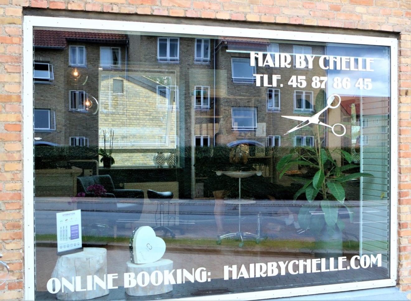 Velkommen til vores nye partner - Hair By Chelle