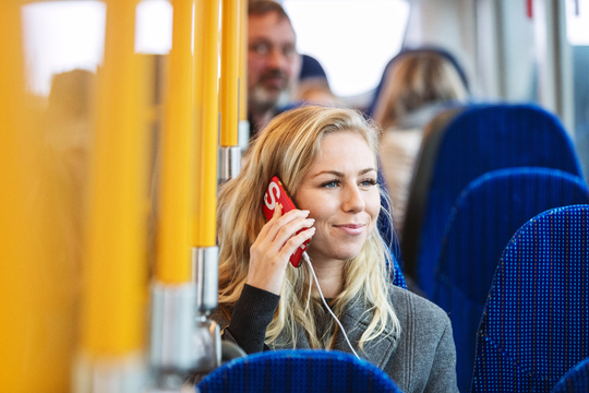 Movia lukker midlertidigt for det betjente salg i busserne