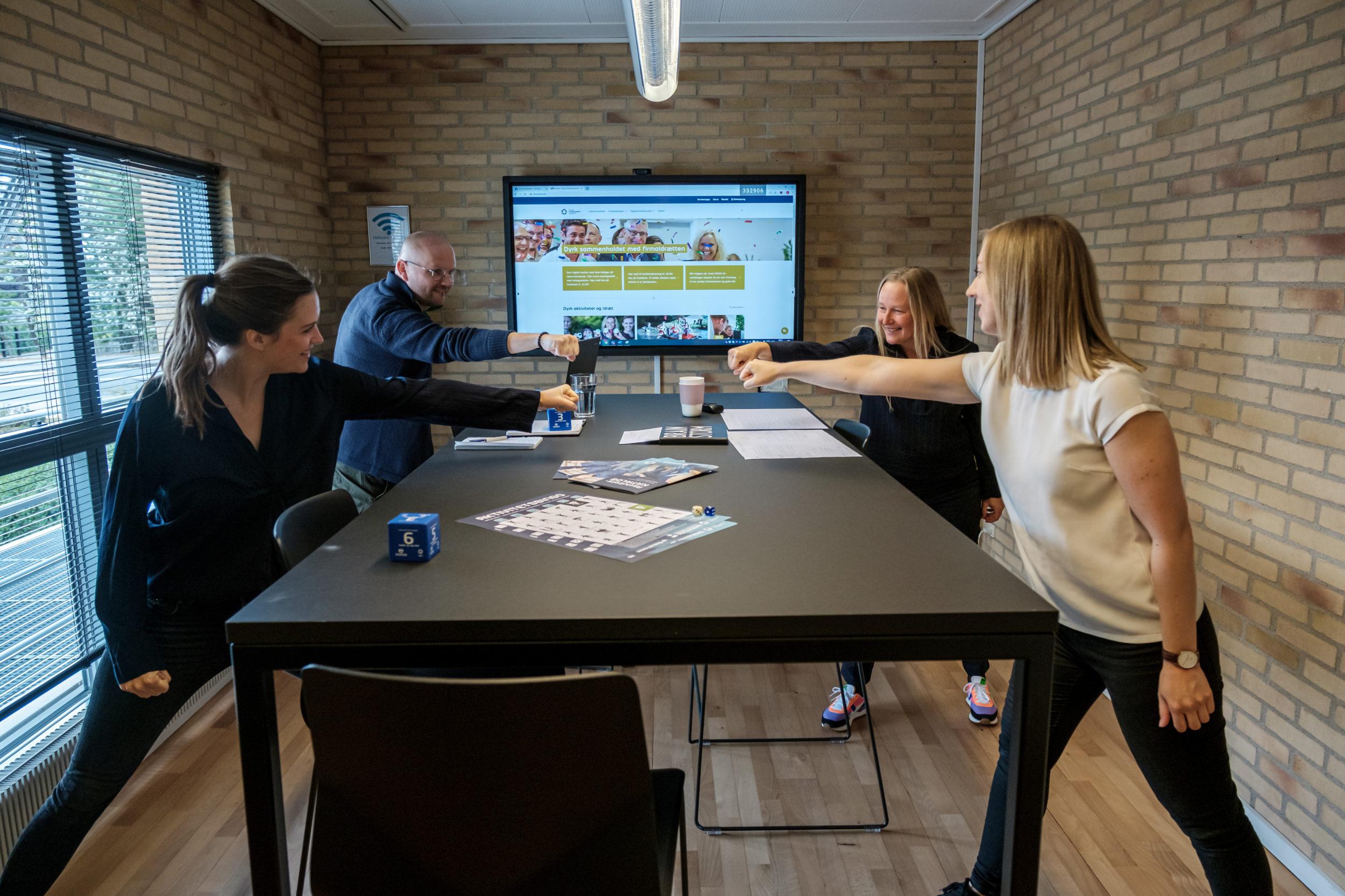Få 'besøg' af en digital træningsinstruktør på Arbejdspladsernes Motionsdag