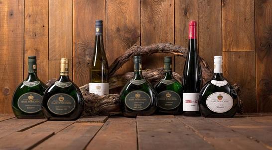 Tysk vinsmagning og selskabsmenu i en stemning af ægte tysk vinfestival